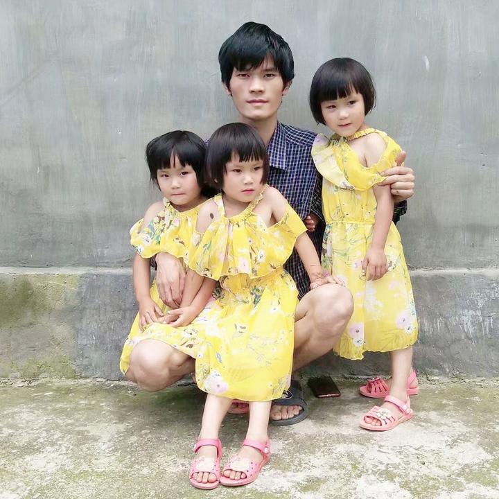 三胞胎规衣如